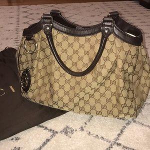 Gucci canvas purse